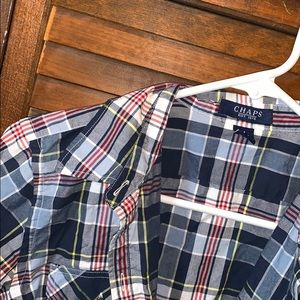 NWOT 🌸 Plaid Button Up
